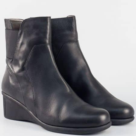 Дамски кожени боти на клин ходило- Aerosoles в черен цвят 250816ch