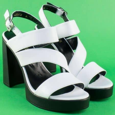 Кожени дамски сандали на висок ток и платформа в бяло 25872b