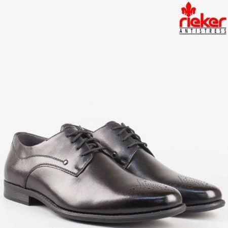 Мъжки елегантни обувки с швейцарски мотив и връзки- Rieker от естествена кожа в черен цвят 2610ch