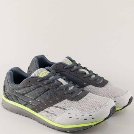 Мъжки маратонки на равно ходило и връзки в сив цвят 30108-45sv