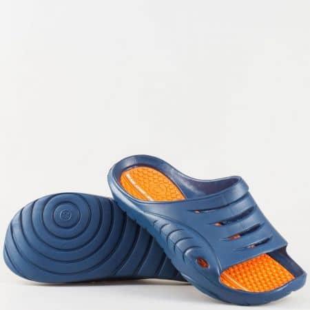 Двуцветни мъжки джапанки с цяла лента и масажираща стелка- GRAND ATTACK в синьо и оранж 30128-45so
