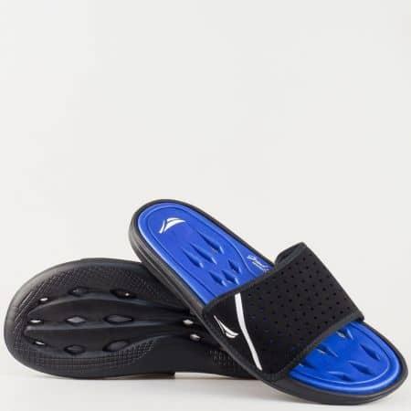 Мъжки удобни джапанки с перфорирана цяла лента и отвори по ходилото в черно и синьо- GRAND ATTACK 30136chs