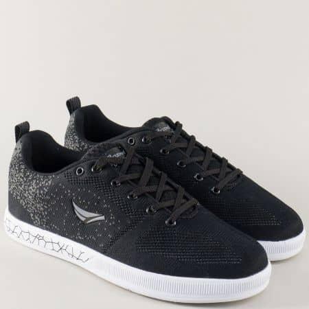 Спортни мъжки обувки в черен цвят на равно ходило 30197-45ch