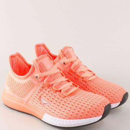 Дамски маратонки в цвят оранж на равно ходило 30213-40o