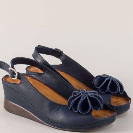 Шити дамски сандали в тъмно син цвят с декорация 3031s