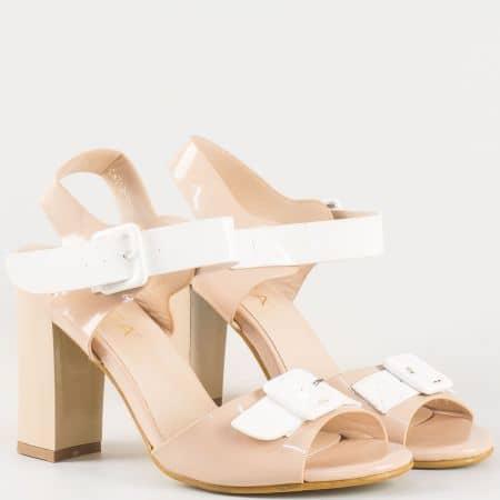 Дамски стилни сандали на висок стабилен ток на българския производител Eliza в бежово и бяло 312166bj