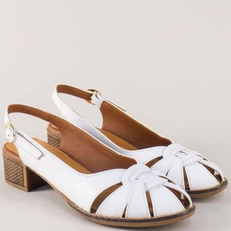 Бели дамски обувки с отворена пета на каучуково ходило 321b