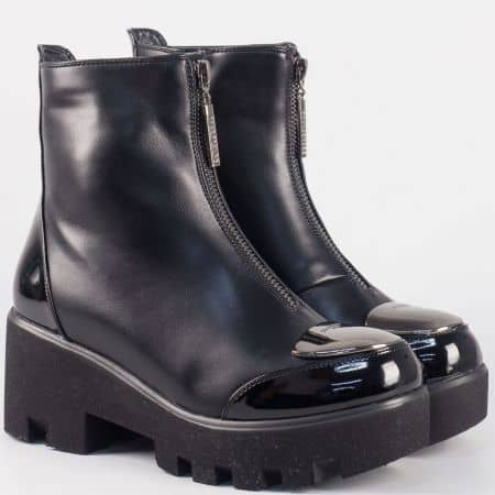 Черни дамски боти на платформа в черен цвят  33223ch