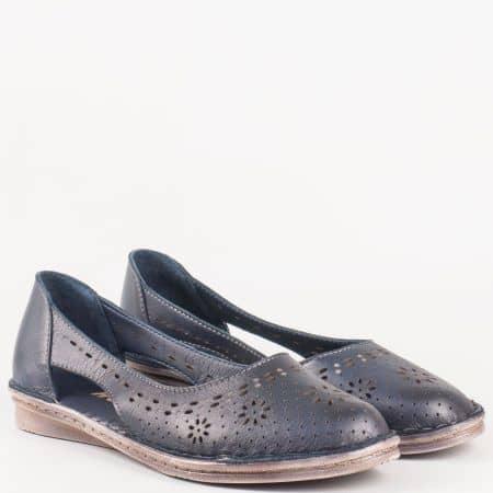 Дамски ежедневни обувки на равно ходило от перфорирана естествена кожа в син цвят 3327s