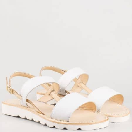 Дамски бели сандали на равно ходило от естествена кожа изцяло- Lazamani   33564b
