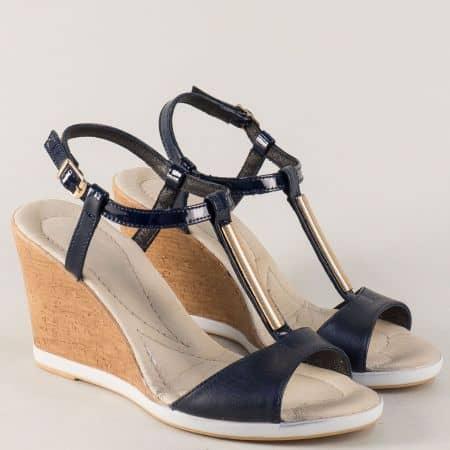 Български дамски сандали от синя естествена кожа и лак 34608ls