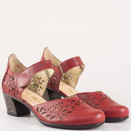 Комфортни дамски обувки на среден ток в цвят бордо 403867bd