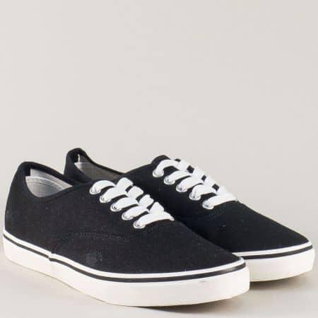 Мъжки спортни обувки, тип гумекни в черно 40ch