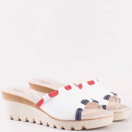 Дамски български чехли в бяло, синьо и червено на клин ходило, изцяло от естествена кожа  4115431tomi