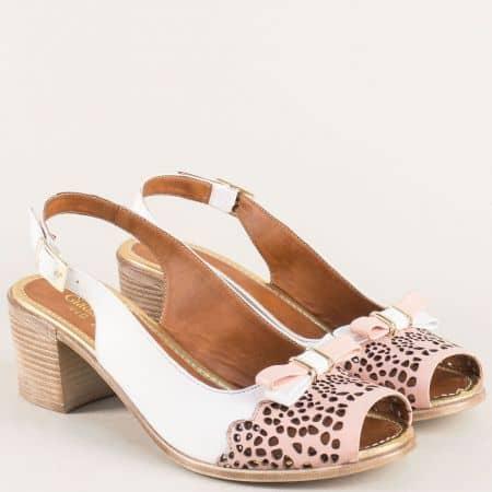 Дамски сандали на среден ток от естествена кожа в бял и розов цвят 440brz