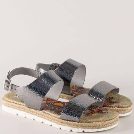 Кожени дамски сандали BullBoxer в сребрист цвят на комфортна платформа 446004sr
