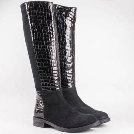 Дамски комфортни ботуши изработени от висококачествени естествени материали - лак и велур на български производител в черен цвят 4475vch