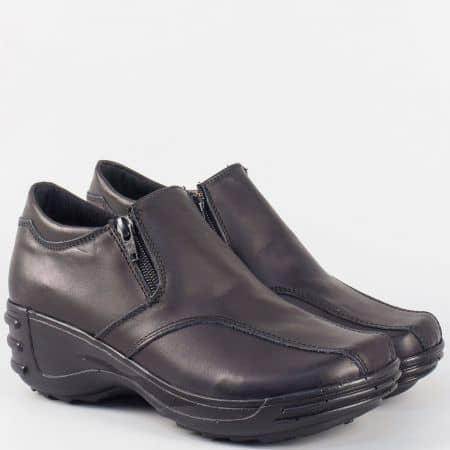 Дамски кожени обувки в черно на комфортно ходило 4717260ch