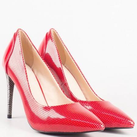 Червени дамски обувки на метален висок ток с перфорация 478lchv