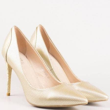 Златни дамски обувки със заострен връх 478zl