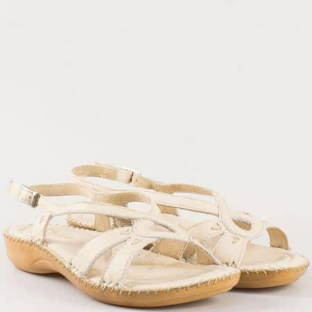 Дамски комфортни сандали изработени от изцяло естествена кожа на български производител в бежово 5005bj