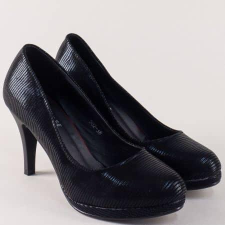 Стилни дамски обувки на висок ток в черен цвят 502ch