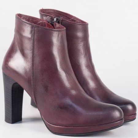 Дамски кожени боти в цвят бордо на висок ток- български производител 50592bd