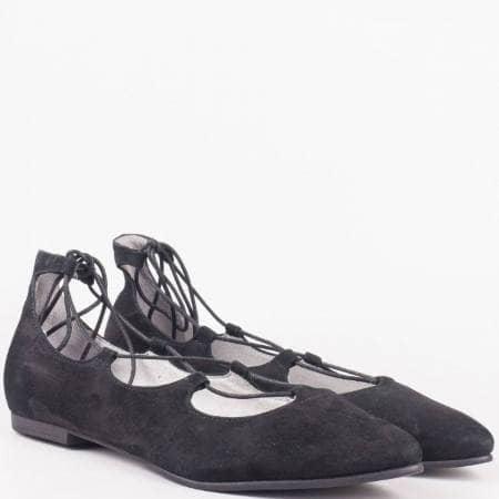 Равни дамски обувки с връзки от естествен  черен велур на утвърдения немски производител- S. Oliver  524213vch