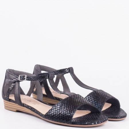 Черни дамски сандали на нисък ток със змийски принт от естествена кожа с катарама- S. Oliver 528110ch