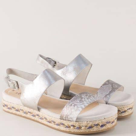 Сребърни дамски сандали на ефектна платформа- S.Oliver  528127sr