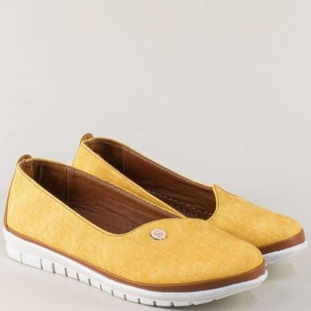Ежедневни дамски обувки в жълто и кафяво на равно ходило 52dj