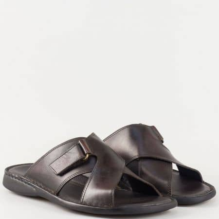 Мъжки чехли изработени от 100% естествена кожа на водещ български производител в кафяв цвят 5519kk