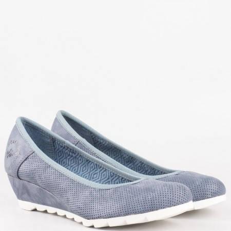 Дамски комфортни обувки на известния немски производител s.Oliver в син цвят 5522300s