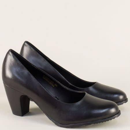 Кожени дамски обувки на висок ток в черен цвят- S. Oliver 5522411ch