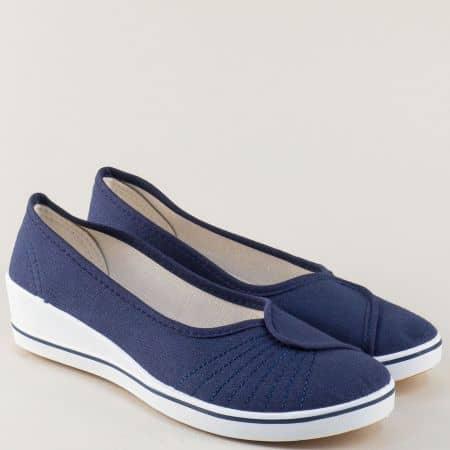 Спортни дамски обувки на клин ходило в син цвят 6001s