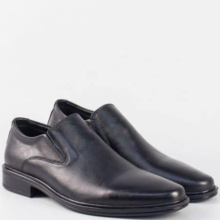 Кожени мъжки обувки в черен цвят с два ластика и кожена стелка 6003ch
