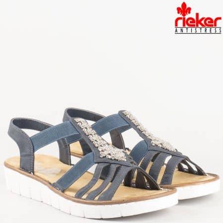 Модерни дамски шити сандали в син цвят с дискретни ластици и декорация от мъниста на швейцарският производител Rieker 60061s