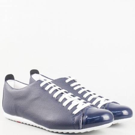 Мъжки спортно-елегантни обувки произведени от висококачествена еко кожа и лак в син цвят 601-45s
