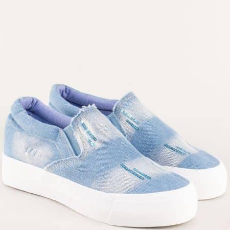 Дамски обувки в светло син цвят на стабилна платформа 6018dss
