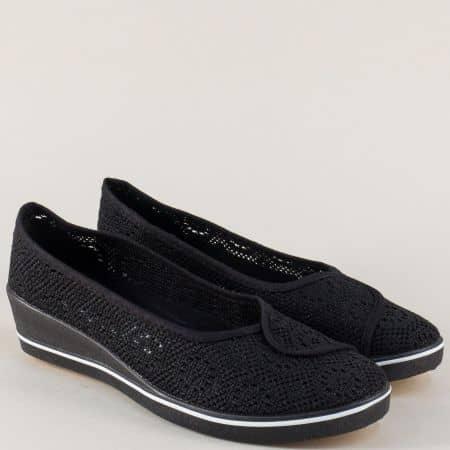 Мрежести дамски обувки на клин ходило в черен цвят 6030ch