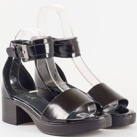 Дамски сандали с изчистена визия и естествена кожена стелка на българския производител Eliza в черно 60361ch