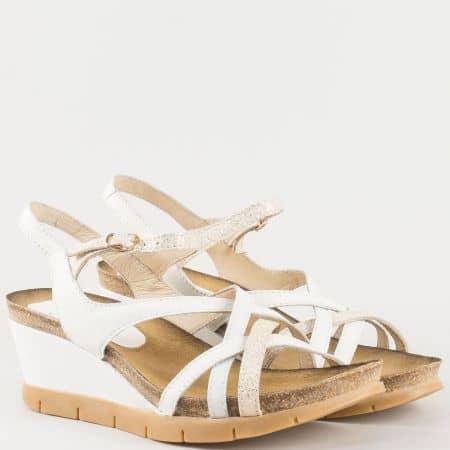 Бели дамски сандали на платформа от естествена кожа 61105b