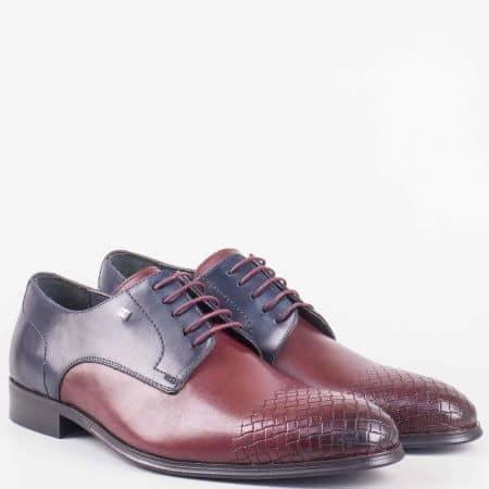 Елегантни мъжки обувки с връзки в цвят бордо с черен детайл 628010bd