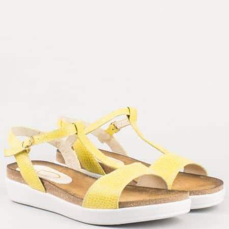 Жълти дамски сандали на платформа от естествена кожа изцяло на утвърден български производител 63415j