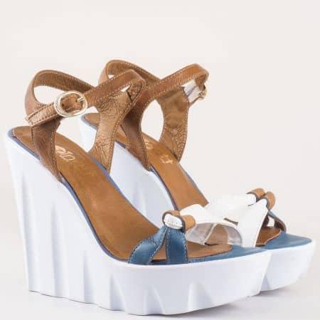 Уникални дамски сандали от естествена кожа в комбинация от бял, син и кафяв цвят 63ks