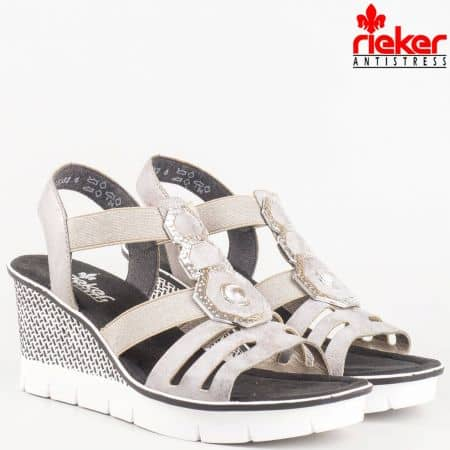 Дамски шити сандали на клин ходило в сиво с метален елемент- Rieker 68550sv
