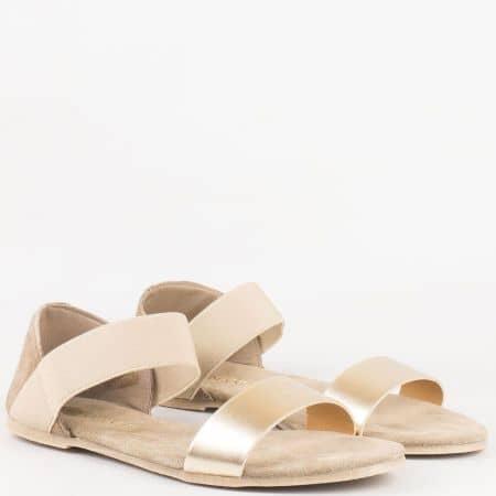 Модерни дамски сандали с ластик и велурена стелка от естествена кожа в бежово и златно- Lazamani   69182bj