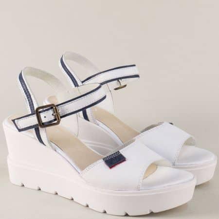 Дамски сандали от естествена кожа в бяло и синьо 692481b
