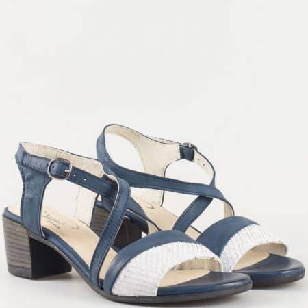 Дамски сандали със стилна визия изработени от 100% естествена кожа на български производител в бяло и синьо 70222s