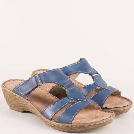 Сини дамски чехли от ествствена кожа на среден ток  7102013s